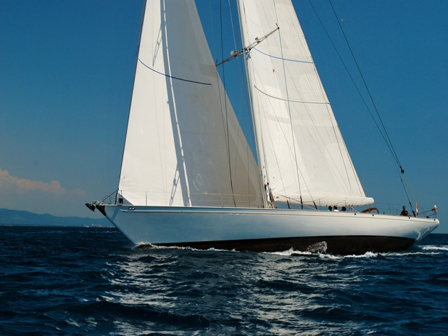 Renaissance Yachts Whitefin